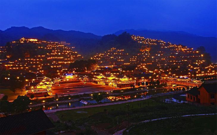 除了看夜景,去西江千户苗寨还能看什么?