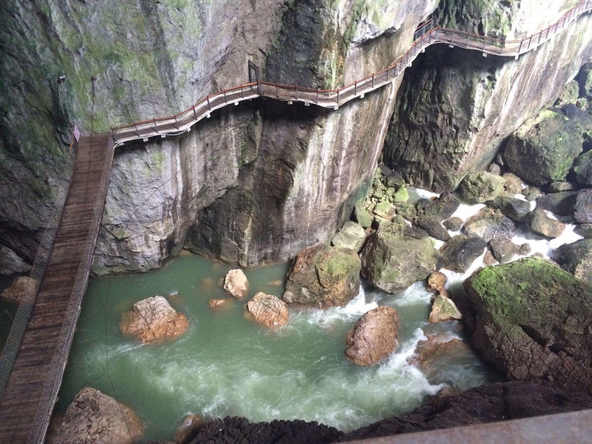 自驾探索'醉美'贵州一山一水