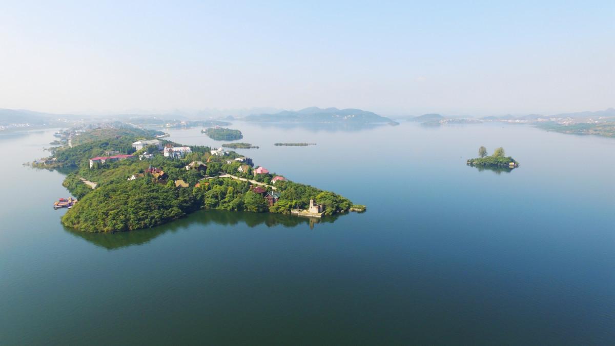 蓬莱仙界—红枫湖—百里杜鹃—九洞天—织金洞