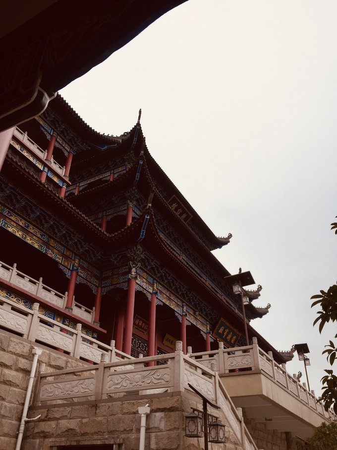 青岩古镇&大兴国寺一日游