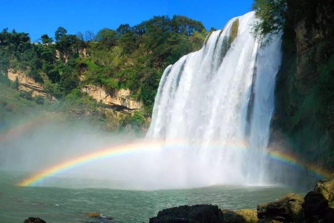 夕阳下最美的黄果村瀑布&陡坡塘瀑布&天星桥景区一日游